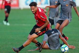 Paolo Guerrero está de vuelta con Flamengo y jugará contra Inter de Porto Alegre