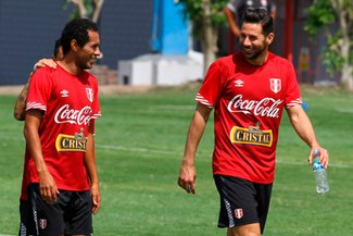 """Lobatón: """"Me encantaría que Pizarro pueda estar en un Mundial"""""""