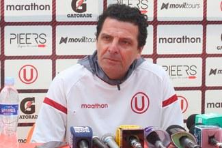 """Javier Chirinos: """"El árbitro nos llenó de amarillas y el penal no lo tuve muy claro"""""""