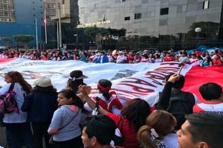 Paolo Guerrero: Multitud de hinchas marcharon en respaldo del capitán de la blanquirroja