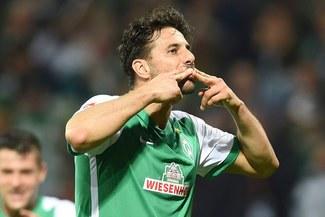 Claudio Pizarro en el once histórico del Werder Bremen