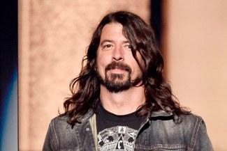 Líder de Foo Fighters no mandó saludos para la 'U' [VÍDEO]