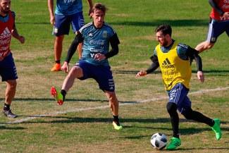 Lionel Messi vapuleó a Caballero y Armani en ¡30 segundos! [VIDEO]