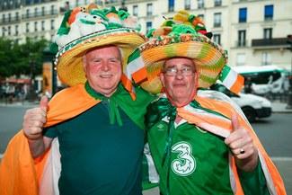Irlandeses llegan a París para el amistoso frente a Francia [FOTOS]