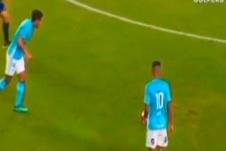 Alianza Lima vs. Sporting Cristal: Carlos Lobatón remeció el palo y no pudo dar la paridad rimense [VIDEO]