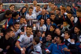 Luis Aguiar anotó un doblete y se coronó campeón con Nacional de Uruguay