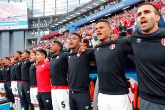 Perú vs. Francia: Sonó el 'Contigo Perú' en el Ekaterimburgo Arena y todos se emocionaron [VIDEO]