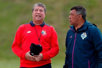 "'Bolillo' Gómez: ""Inglaterra puede ganar 3 – 0 o más, pero podemos clasificarnos"""