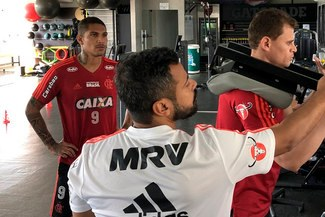 Paolo Guerrero ya entrena con Flamengo [VIDEOS Y FOTOS]