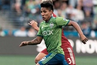 Con Raúl Ruidíaz, Seattle Sounders ganó 2-1 a FC Dallas en la MLS