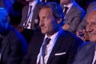 Champions League: el rostro de Totti al enterarse del cruce de Roma con el Real Madrid
