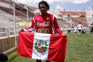 Selección Peruana: Santiago Acasiete destacó el nivel de los centrales de la 'Bicolor'