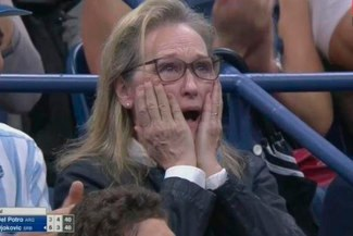 Meryl Streep causa sensación con cómica reacción durante duelo de Del Potro vs Djokovic [VIDEO]
