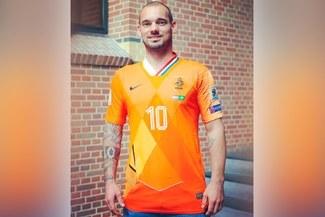 Selección Holanda: Wesley Sneijder recibe camiseta única después del partido ante Perú [FOTOS]