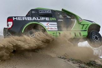 Nicolás Fuchs abandonó el Desafío Inca del Dakar Series por incendio de su camioneta [FOTO]