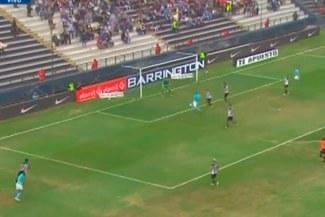 Emanuel Herrera está imparable y marca el 2-1 ante Alianza Lima [VIDEO]