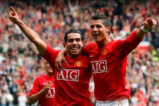"Carlos Tevez: ""Alex Ferguson casi le desfigura la cara a Cristiano Ronaldo"" [VIDEO]"