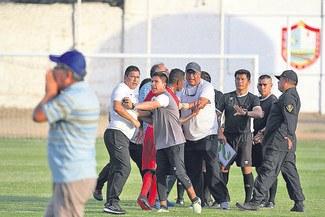 Plantel de Juan Aurich cuestionó decisiones del árbitro Chirinos