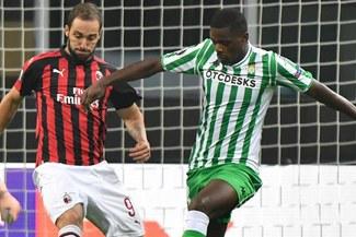 Betis venció 2-1 al Milan en Italia y alargó hegemonía de clubes españoles sobre los 'rossoneros'