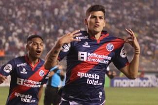Iván Bulos reveló que sigue conversando con el cuerpo técnico de la Selección Peruana