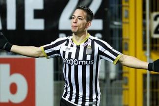 Cristian Benavente fue elegido el mejor de su equipo ante el Brujas por medio belga