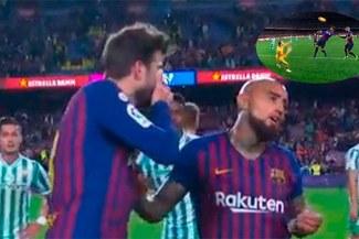 Pique tuvo una bronca con Arturo Vidal después de perder contra el Real Betis [VIDEO]