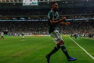 Palmeiras goleó 3-0 a Fluminense y sueña con alzar el título del Brasileirao [RESUMEN Y GOLES]
