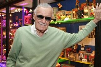 Stan Lee y el sorprendente diseño de zapatillas en su homenaje [FOTOS]
