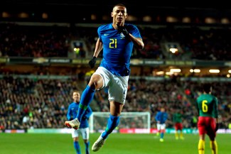 Brasil, sin Neymar, venció 1-0 a Camerún en amistoso FIFA disputado en Inglaterra [RESUMEN/VIDEO]