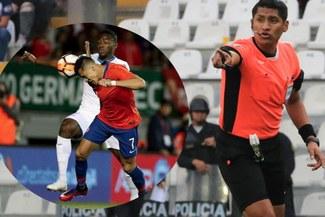 ¡Escándalo! Árbitro peruano da la mano a Chile, mientras aquí nos jugó en contra