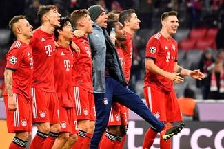 "¡Ya ""Lewa"" más de 50! Bayern venció a Benfica con doblete de Robert Lewandowski [VIDEO]"