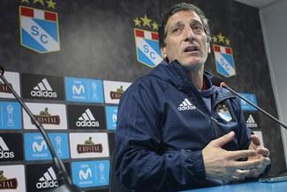 ¿Qué hará Colo Colo? Cristal amplió contrato a Mario Salas e incrementó su cláusula de salida