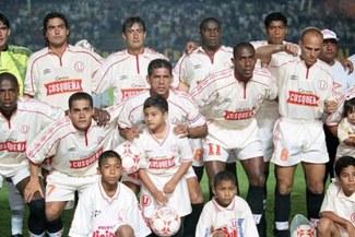 Hace 19 años, Universitario goleó 3-0 a Alianza Lima en la primera final del Descentralizado [VIDEO]