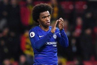 Barcelona alista una oferta al Chelsea por Willian