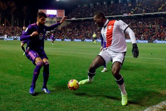 Con asistencia magistral de Advíncula, el Rayo Vallecano derrotó 4-2 al Celta de Vigo por la Liga Santander [RESUMEN Y GOLES]