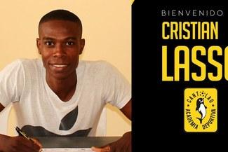 Cristian Lasso es oficializado como nuevo jugador de la Academia Cantolao