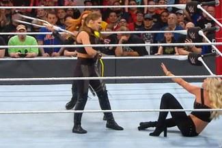 WWE: ¡Baño de sangre! Ronda Rousey vence a Ruby Riott pero recibe paliza de Becky Lynch en Elimination Chamber 2019 [VIDEO]
