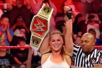 WWE RAW: Ronda Rousey brilló contra Ruby Riott y retuvo el Campeonato Femenino [VIDEOS]