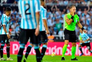 La Superliga Argentina adoptaría el uso del VAR desde la temporada 2019-20