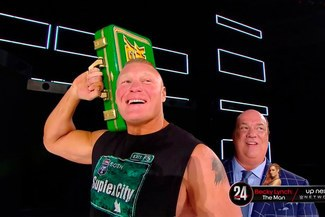 WWE RAW: Brock Lesnar mete miedo a Rollins y Kingston con su maletín de Money in the Bank