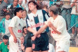 Jorge Amado Nunes y la vez en la que lanzó un puñete a Kopriva en un clásico hace 25 años [VIDEO]