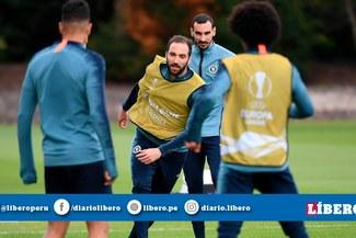 Gonzalo Higuaín y su discusión en práctica del Chelsea previo a la final de Europa League [VIDEO]