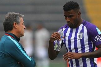 Carlos Ascues aclara rumores sobre posible vuelta de Alianza Lima