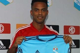 Nilson Loyola jugará tres temporadas en Sporting Cristal y sueña con volver a la selección