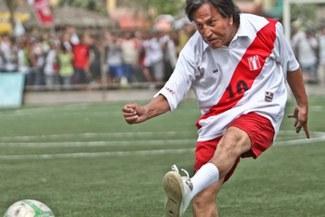 El día que Alejandro Toledo jugó una pichanga con camiseta de la Selección Peruana [FOTOS]