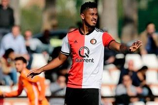 Renato Tapia volvió a los entrenamientos de Feyenoord tras vacaciones [FOTO Y VIDEO]