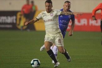Pablo Lavandeira seguirá en Universitario de Deportes por el resto de la temporada