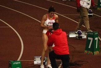 ¡Emotivo! Novio de Paola Mautino le pidió la mano en pista atlética de La Videna en Lima 2019 [FOTOS]