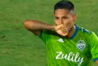 Raúl Ruidíaz anotó el 1-0 del Seattle Sounders sobre LA Galaxy de Zlatan Ibrahimovic [VIDEO]
