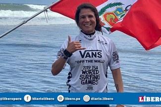 Claudio Pizarro y su emotivo saludo a Sofía Mulanovich tras quedarse con el Mundial de Surf [FOTO]